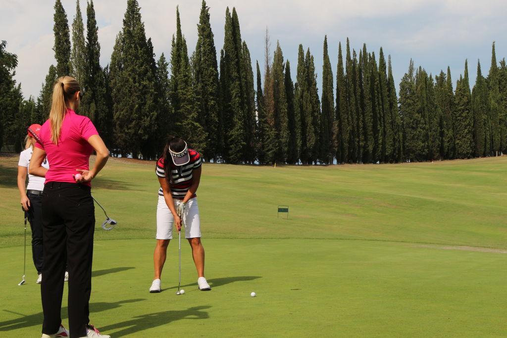 3 golf&wine DiVine wine tours_RID